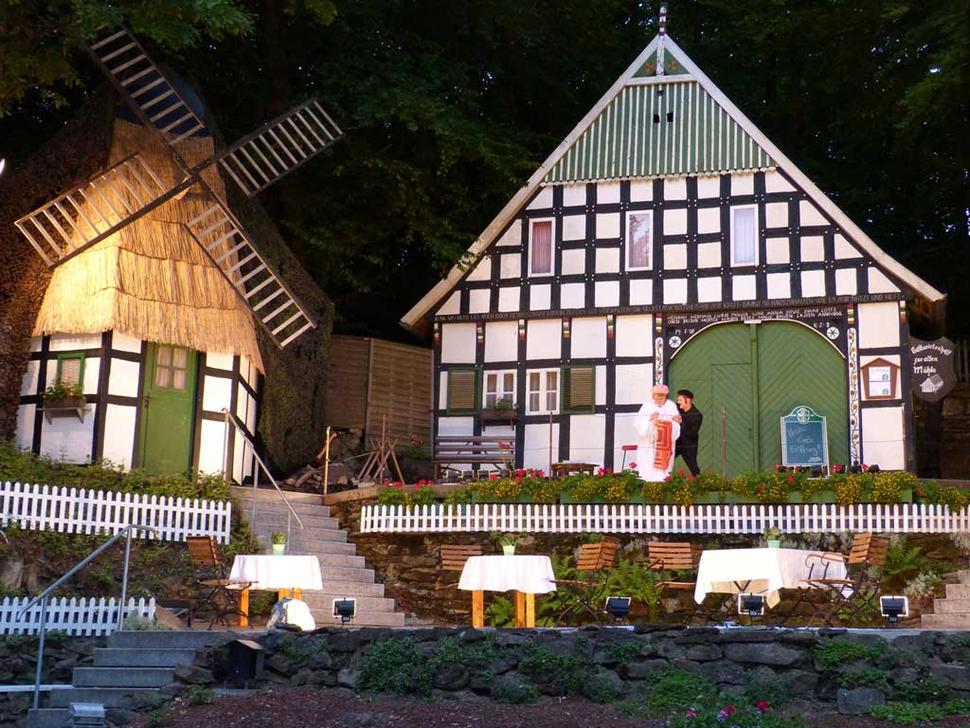 Freilichtbühne Kahle Wart, Hüllhorst (Foto: Karin Struckmeyer, Jürgen Hahn)